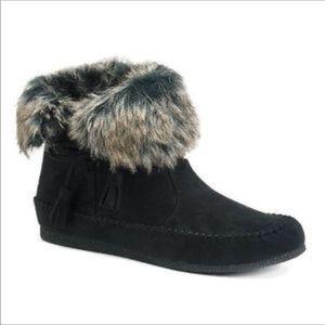Madden Girl fur lined moccasins
